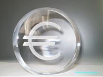 Krištáľový puk EUR